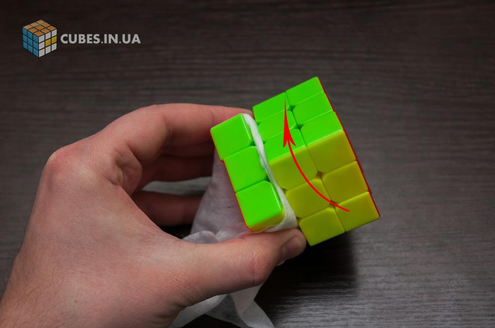 Чистка кубика Рубика. Шаг 1.