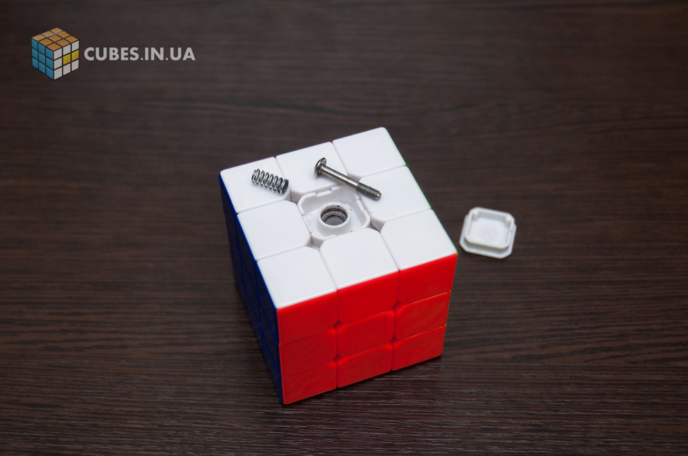 Разборка и чистка кубика 3х3. Шаг 1