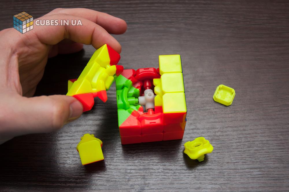 Разборка и чистка кубика 3х3. Шаг 2
