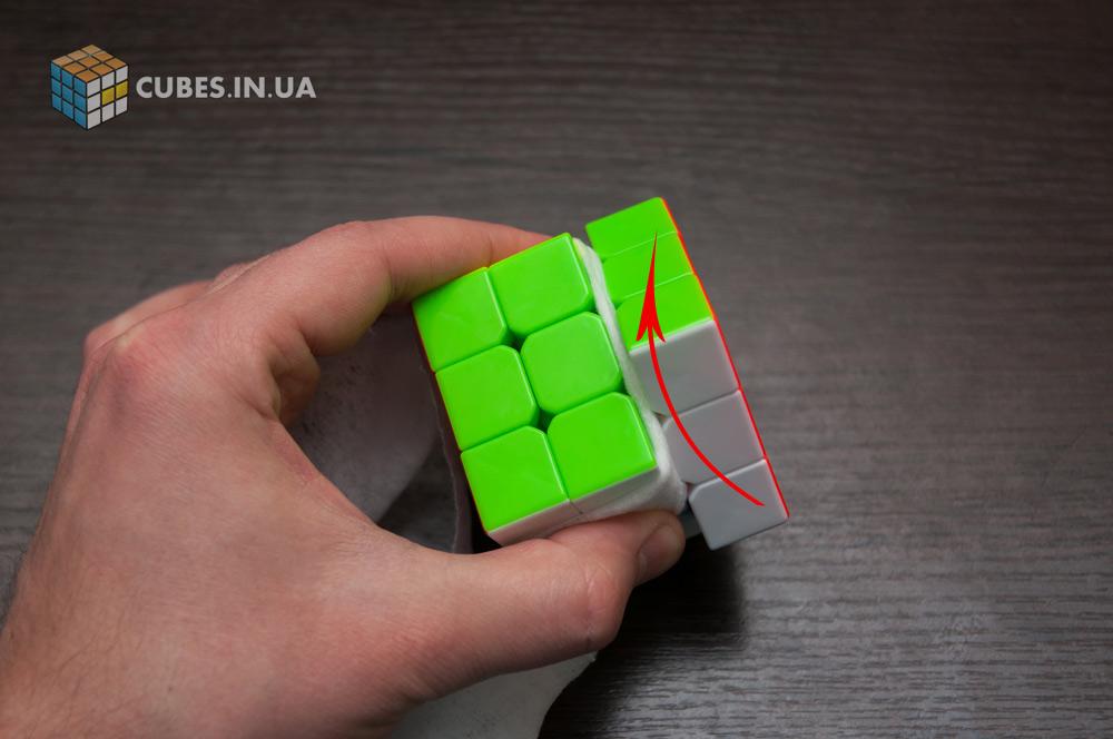 Чистка кубика Рубика. Шаг 2