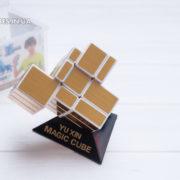 gold-white-mirrior-yuxin-1