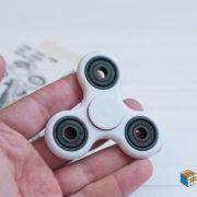 spinner-white-1