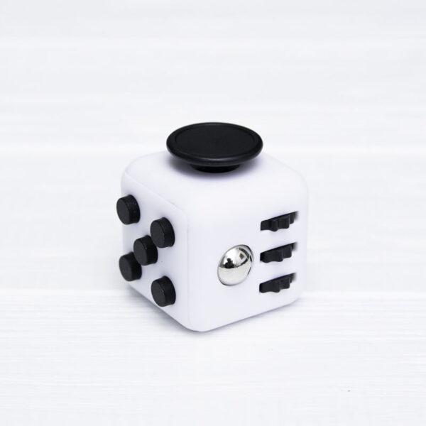 Fidget куб белый + черный (soft touch пластик)