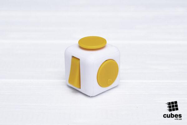 Fidget куб белый + желтый (soft touch пластик)