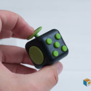 fidget-black-green