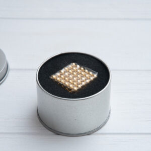 neo-cube-gold-3