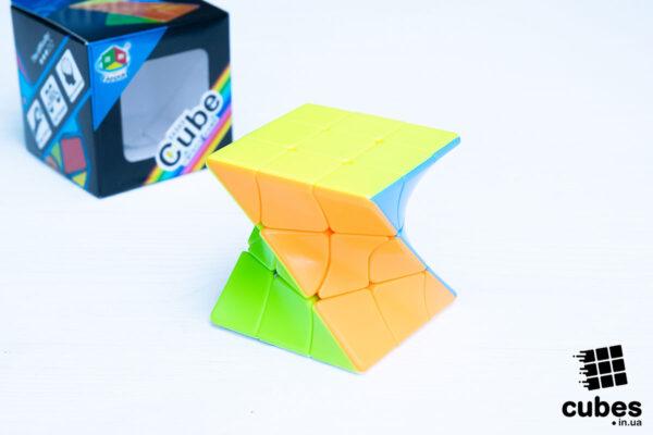 Twisty cube