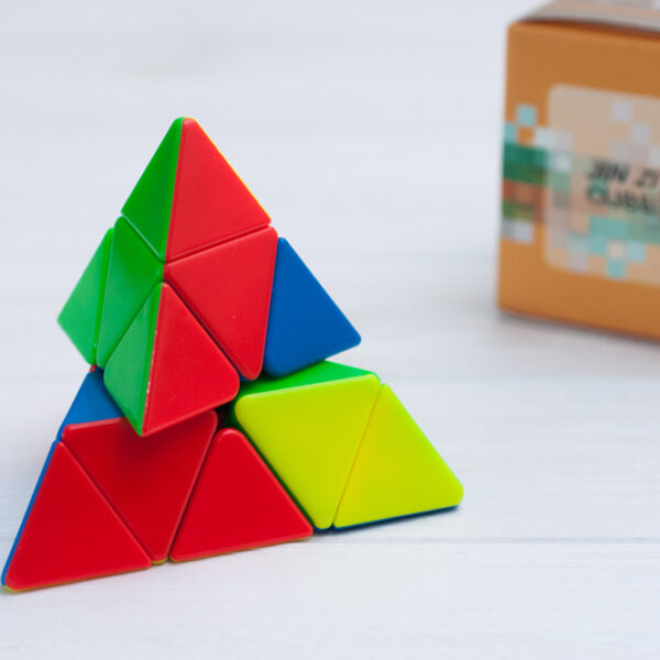 Пирамидка Rui long от YongJun