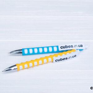 cubes-pens-1