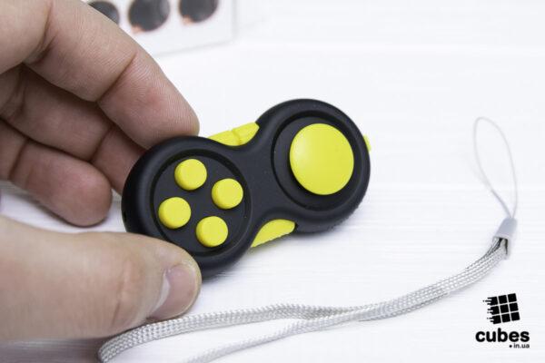 Fidget Pad (джойстик) черный + желтый (soft touch пластик)