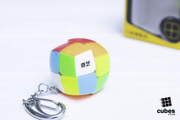 Мини кубик-брелок 2х2 от QiYi.