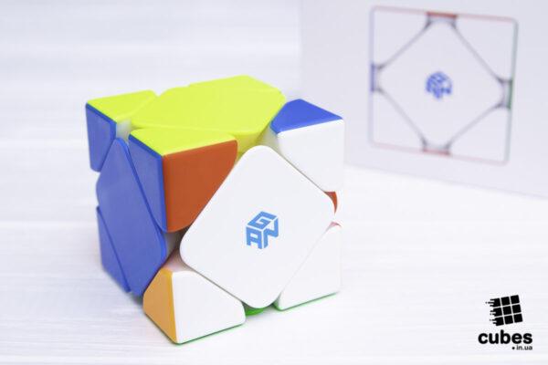 Cкьюб GAN skewb M (Enhanced Core Positioning Edition)