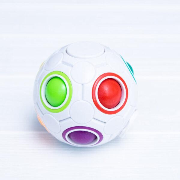 Головоломка спиннер Rainbow Ball spinner